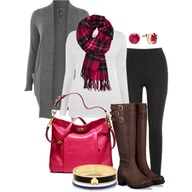 http://www.polyvore.com/hot_pink_holiday_plus_size/set?.svc=copypaste&embedder=0&id=63891057